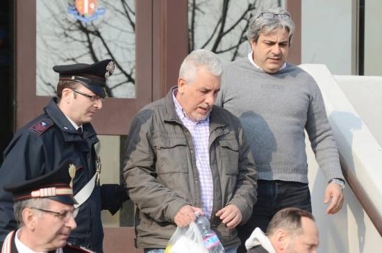 O ex-diretor do Banco do Brasil,Henrique Pizzolato,fugiu do País após ser condenado a 12 anos e 7 meses de prisão no julgamento do mensalão;Ele foi preso na Itália
