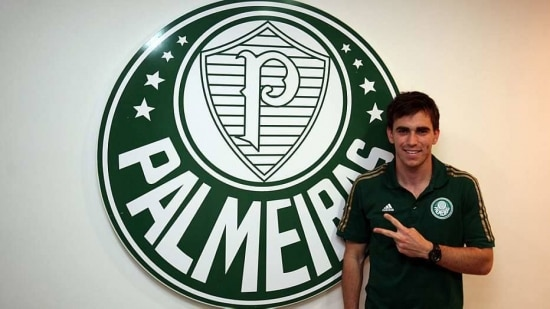 Pablo Mouche assinou contrato de cinco anos com o Palmeiras