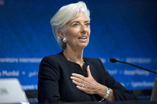 Christine Lagarde foi reconduzida ao cargo de diretora do FMI por mais cinco anos