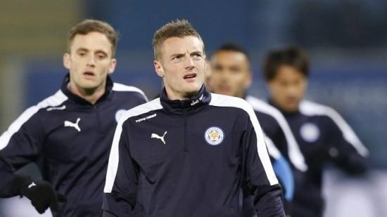 Atacante Vardy, do Leicester, é o artilheiro do campeonato com 18 gols