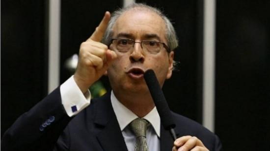 Cunha diz que 'minoria' foi ao STF contra reforma política por 'não se conformar com derrota'