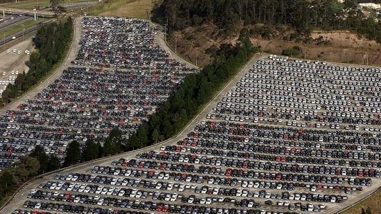 Em maio, foram produzidas 282.465 veículos