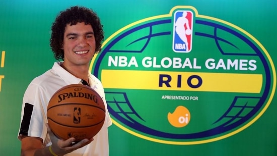 Anderson Varejão durante jogo da NBA no Rio de Janeiro