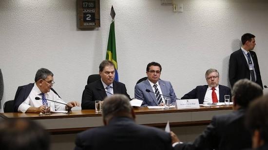 A CPI da Petrobrás no Senado foi instalada após o Estado revelar em março que a presidente Dilma Rousseff votou favoravelmente à compra de 50% da refinaria de Pasadena