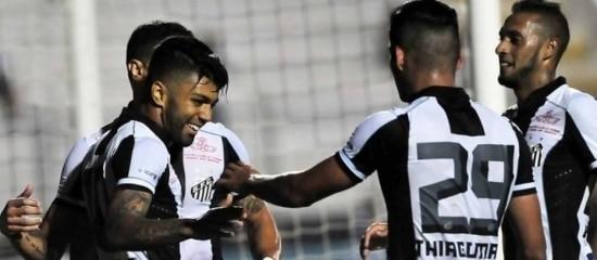 Gabriel já tem dois gols neste ano com a camisa do Santos