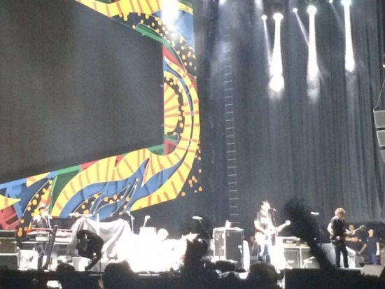 Os Titãs no palco do Morumbi, em São Paulo, neste sábado, 27