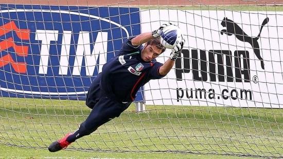 Mirante é convocado como plano B pelo técnico Cesare Prandelli
