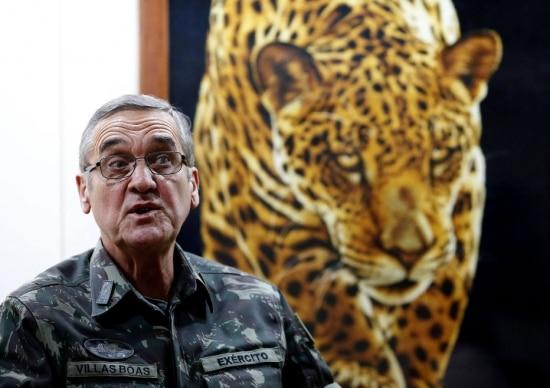Comandante do Exército afirma que apenas ele pode falar sobre questões institucionais