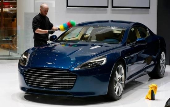 A montadora britânica de luxo Aston Martin quer ser, sobretudo, uma 'empresa de design'