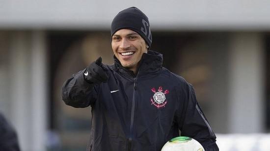 Peruano se mostra insatisfeito com o técnico Mano Menezes