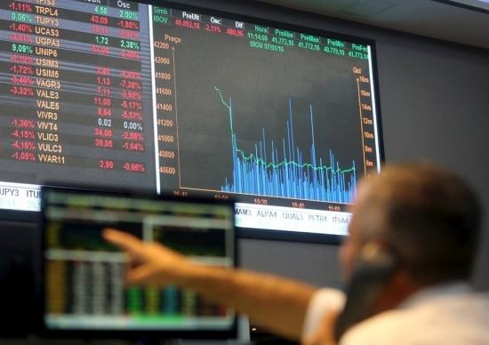 Ações da Petrobrás, Vale e bancos impulsionam Ibovespa