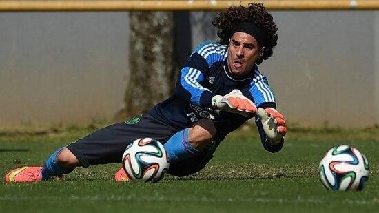 Goleiro mexicano tentará repetir atuação contra o Brasil para que o México chegue as quartas