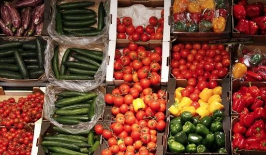 Alimentos voltaram a pressionar a inflação em fevereiro