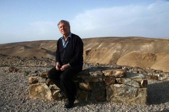 O escritor israelense defende a criação de dois Estados