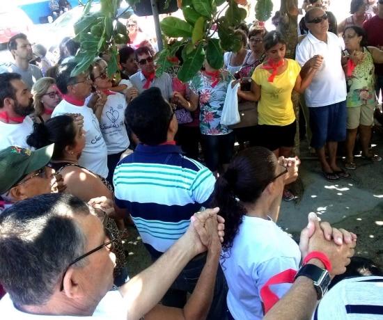 7º dia. Mais de cem pessoas protestaram em Imbituba
