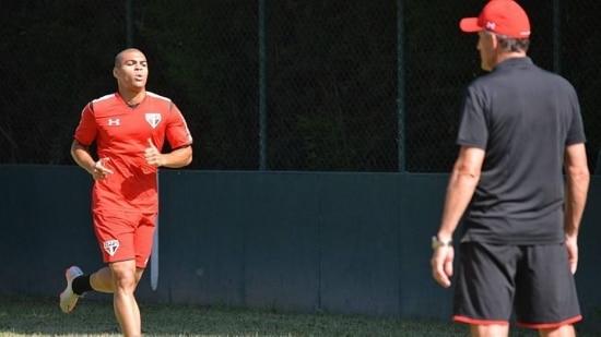 Caramelo, quechegou ao São Paulo em 2013 e recebeu poucas oportunidades, volta ao time