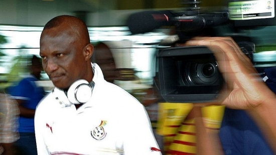 Ghana's coach Kwesi Appiah is pictured leaving Maceio, Ghana's base training camp, for Brasilia on June 23, 2014. Ghana  will face Portugal in Brasilia on June 26, 2014 in their last first round group match of the 2014 FIFA World cup. AFP PHOTO/Carl de Souza