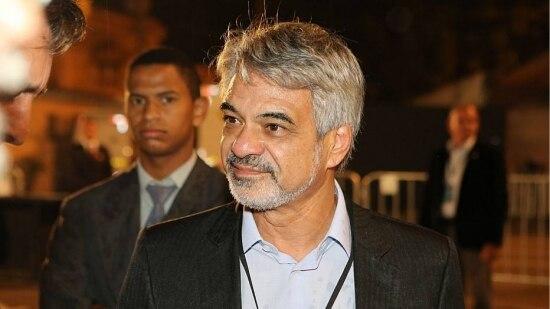 O senador Humberto Costa, líder do PT no Senado, foi acusado pelo ex-diretor da Petrobrás, Paulo Roberto Costa, de receber R$ 1 milhão do esquema de propina na estatal.