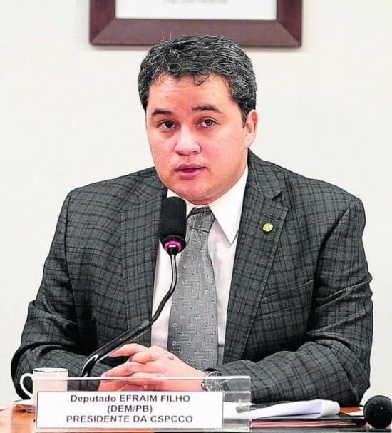 Parte do rombo é por má gestão, diz deputado Efraim Filho (DEM|PB)