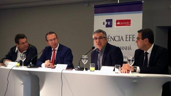 Declarações de Emídio de Souza e Alexandre Padilha foram dadas ao final de um café da manhã realizado nesta quarta-feira, 4