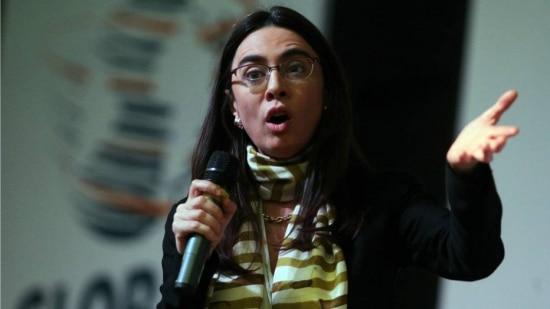"""A lei e a rede. Catalina Botero: """"Todos os direitos offline têm de ser garantidos online"""""""