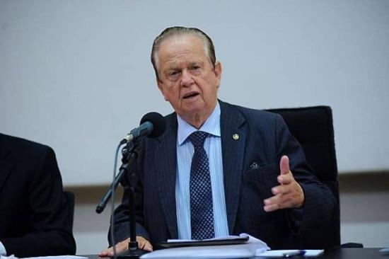 O deputado federal Mauro Lopes (PMDB-MG)