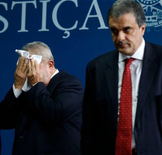 O ex-presidente, Luiz Inácio Lula da Silva e o ex-ministro da Justiça José Eduardo Cardozo