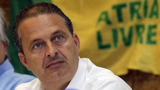 O candidato Aécio Neves e o ex-presidente Lula destacaram vínculo com Eduardo Campos