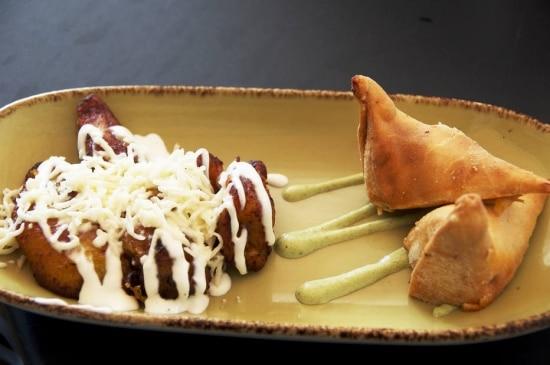 "Chicken ropa vieja"" - empanada de frango do Wynwood Kitchen & Bar ..."