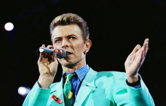 David Bowie no The Freddie MercuryTribute Concert, no Wembley Stadium, em Londres, em 1992