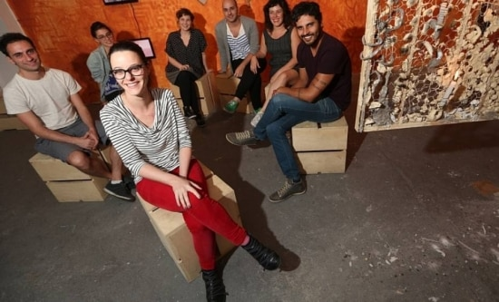 Claudia Afonso (centro) e Francesco Di Tillo, Marina Zilbersztejn, Laura Daviña, Gabriel Gutierrez, Bel Falleiros e Diogo Lucato