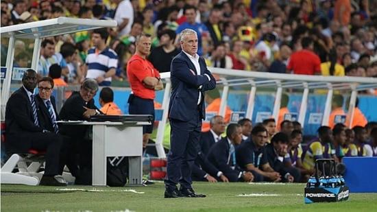 Didier Deschamps cita outras campeãs mundiais que foram eliminadas na primeira fase
