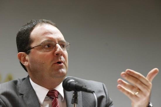 O ministro da Fazenda, Nelson Barbosa, anuncia mudanças na meta fiscal