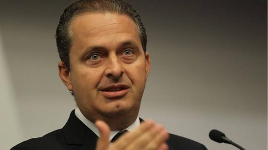 Entrega de ministérios que o PSB ocupava no governo federal foi o primeiro passo concreto da candidatura de Campos