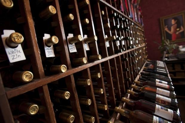 Como evitar furadas na hora de comprar vinhos em promoção