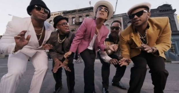 4º: Mark Ronson - Uptown Funk Ft. Bruno Mars