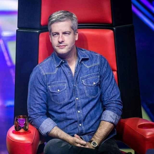 Victor Chaves, durante programa 'The Voice', da TV Globo
