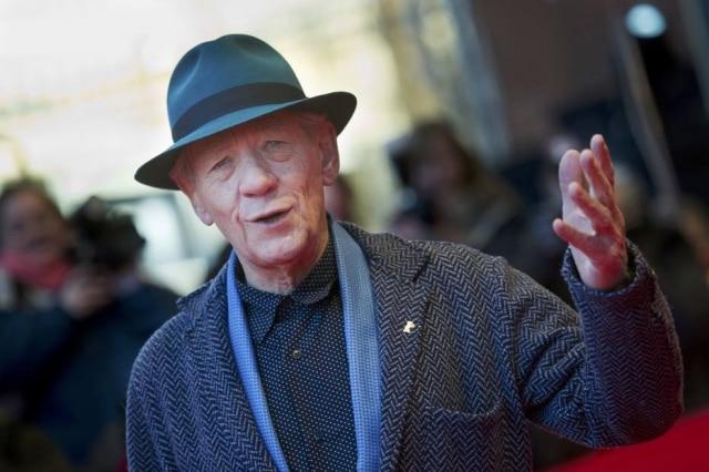 Em entrevista. oator Ian McKellen revelou que recusou o papel de Dumbledore nos filmes da franquia'Harry Potter'.