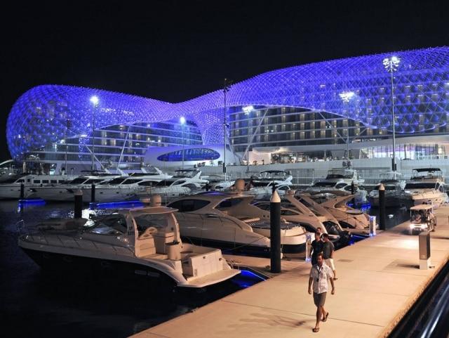 O hotel Yas Marina, em Abu Dabi, nos Emirados Árabes