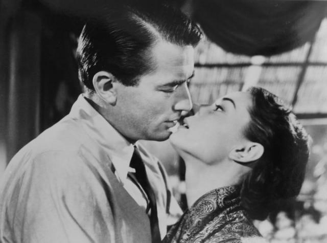 O esperado beijo entre a princesa e o jornalista
