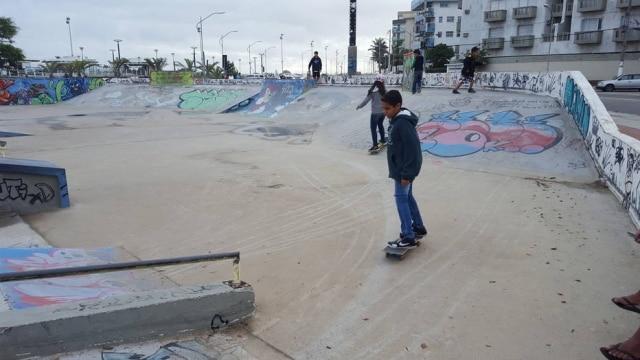 Pista de skate inaugurada em 2014 na Praia do Forte tem 1.700 m²