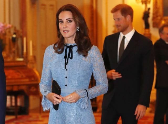 Peça usada por Kate Middleton é da marcaTemperley London