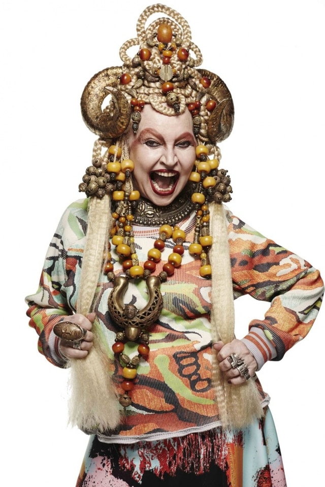 Elke encarna Maria Bonita contemporânea na campanha de inverno do estilistaLucas Magalhães
