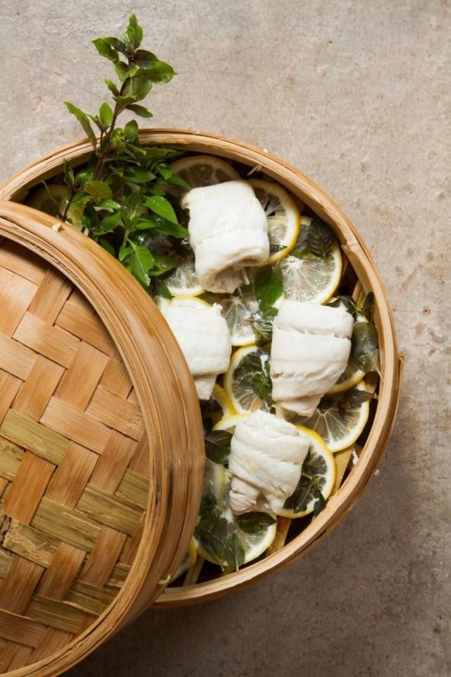 Receita indicada para o verão: linguado ao vapor de limão