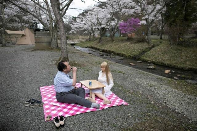 Senji Nakajima tem 62 anos, é empresário, casado e tem dois filhos