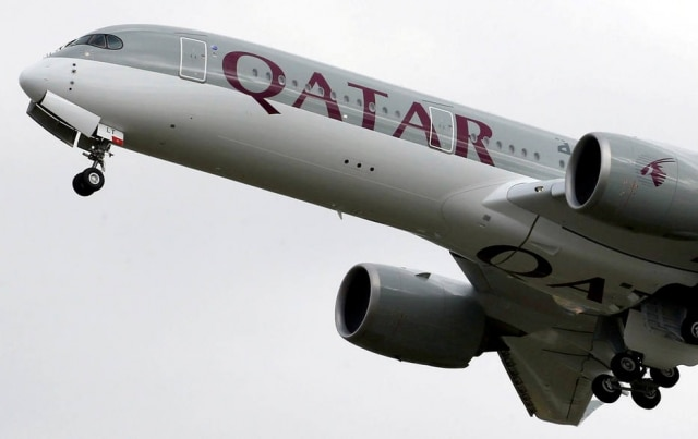 Mulher descobre traição durante o voo e avião tem de pousar