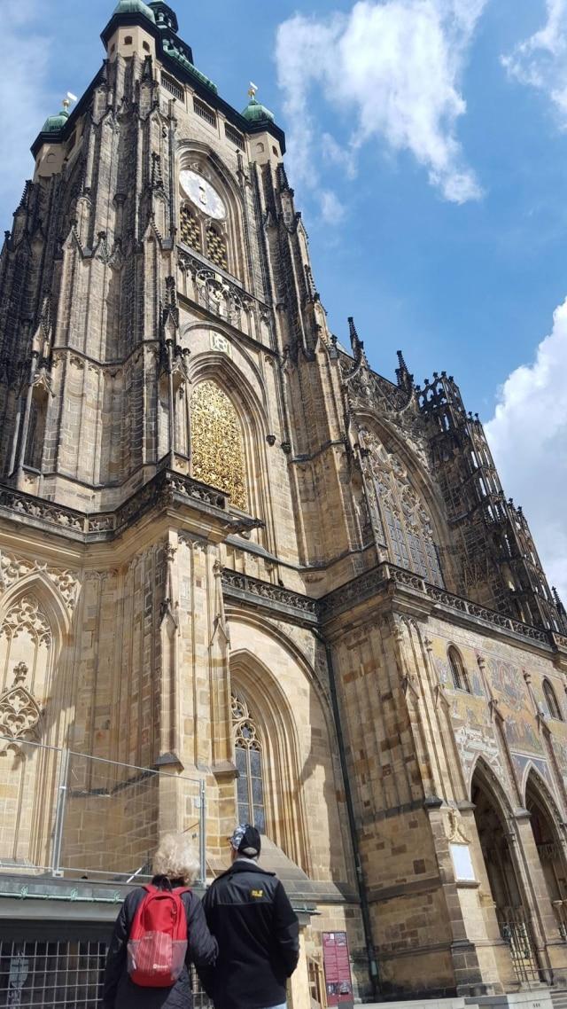 Catedral de São Vito, dentro da área do Castelo de Praga, levou sete séculos para ser concluída