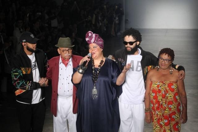 WS1 S?O PAULO - 17/03/ 2017 MODA / SPFW / LAB - VARIEDADES-  Desfile da grife Lab no quinto dia da 43? edi??o da S?o Paulo Fashion Week (Outono/Inverno 2017), no Pavilh?o da Bienal, no Parque Ibirapuera, na zona sul da capital paulista, nesta sexta-feira, 17.FOTO:WERTHER SANTANA/ESTAD?O