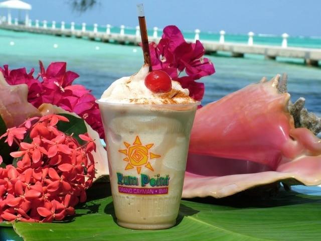 Bebida típica leva vodca, Kahlua e licor de café