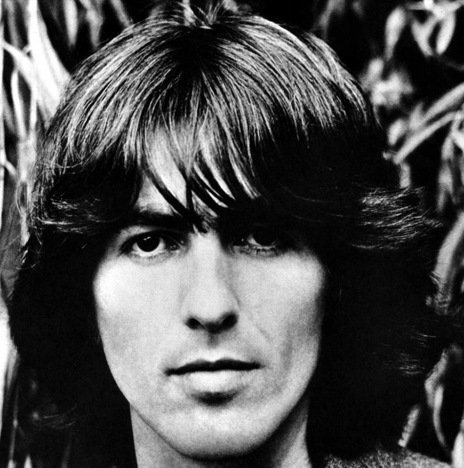 George Harrison, o Beatle mais cool - ASTRID KIRCHHERR